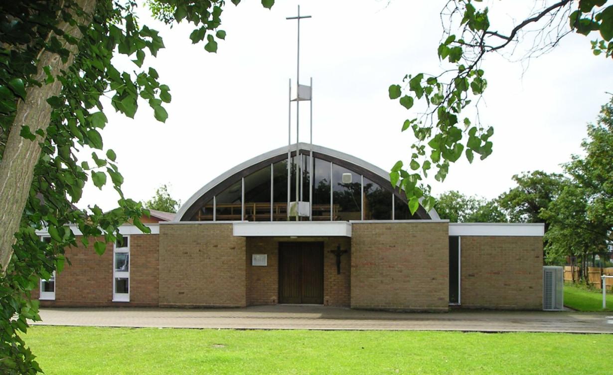 Holy Cross Church, Bedford